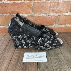 Toms Peep Toe Wedges Womens Size 9